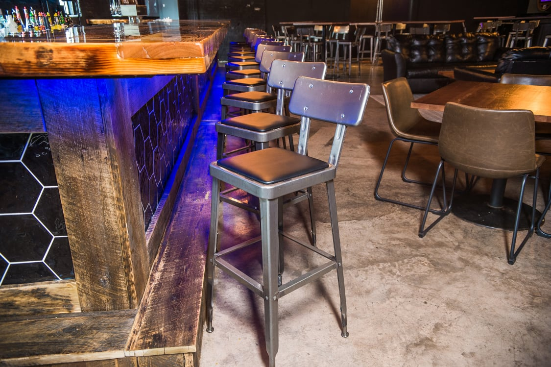 Commercial bar stools for clubs