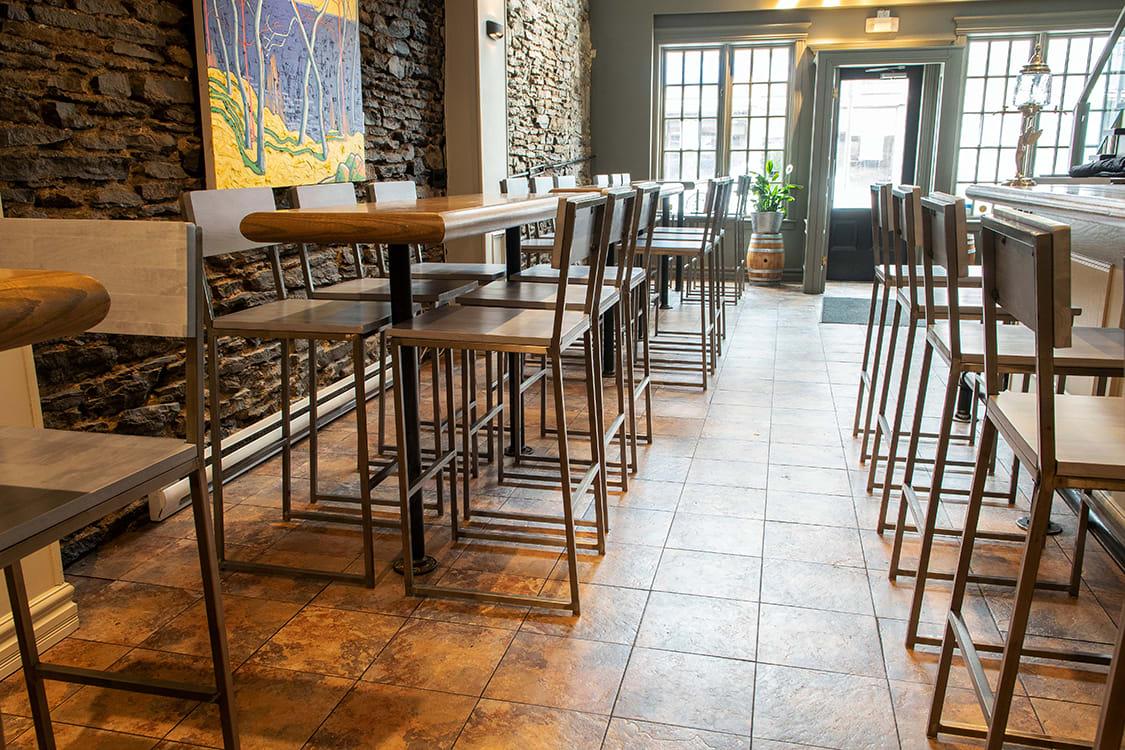 Urban Industrial Small Restaurant Design