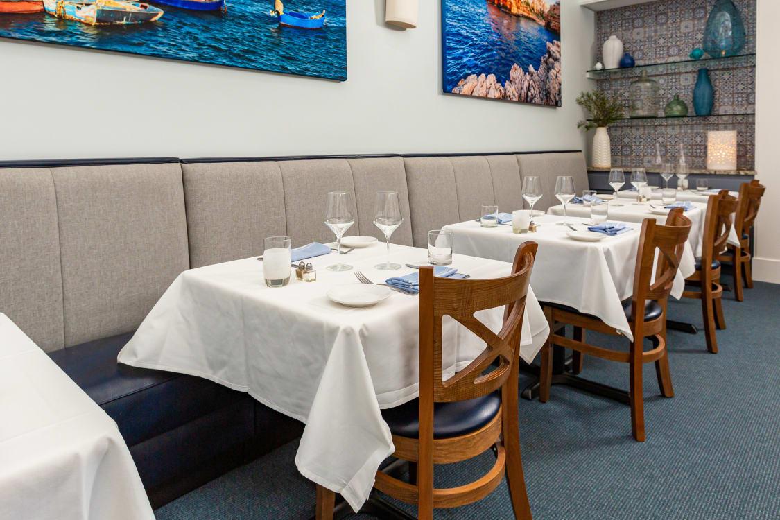 Mediterranean restaurant theme