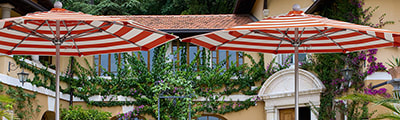 Guide to Buying Commercial Patio Umbrellas