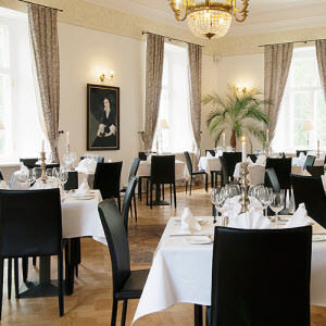 Restaurant furniture and design