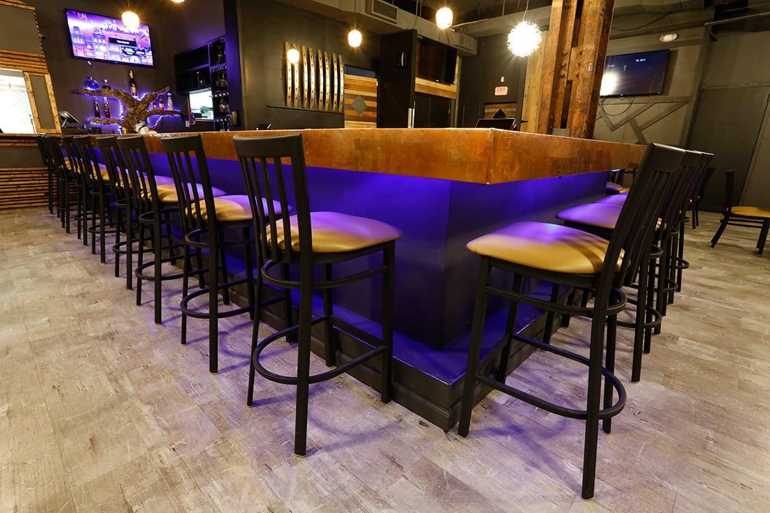 Urban Restaurant Bar Design